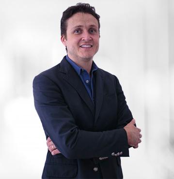 Dr. Willian Costa